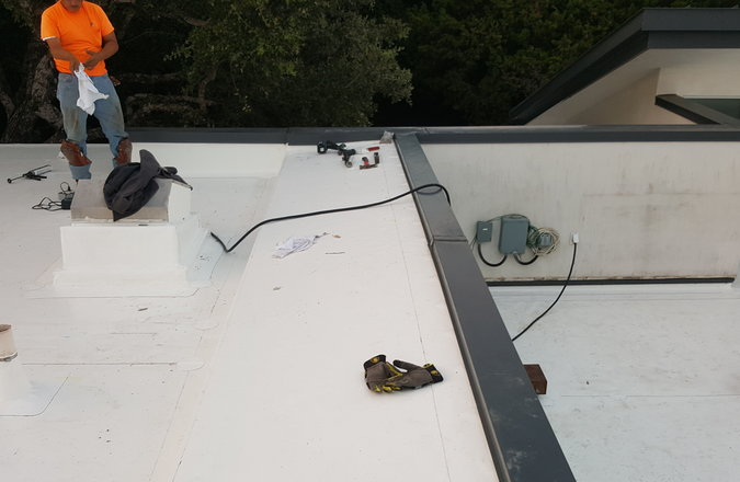 Commercial Roof Maintenance Contractor
